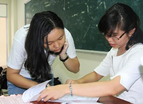 Tìm gia sư Tiếng Anh lớp 12 tại Hà Nội cho con